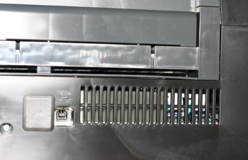 USB-порт струйного принтера Epson Stylus Photo 1410